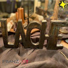 Lache jeden Tag! Nimm dir Zeit für die Dinge die dich glücklich machen ... 👉🏼 mehr im Onlineshop #handmadepottery #keramik #töpfernmachtglücklich Decorating, Dekoration
