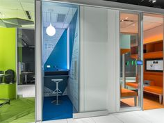 Steelcase Worklife Chicago Showroom Gallery | The Americas | WorkLife Centers | Where We Are | Company | Steelcase - Office Furniture