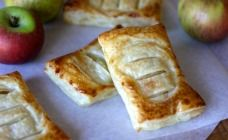 Save yourself a trip to the bakery and whip up these simple and delicious 3 ingredient apple Danishes at home.