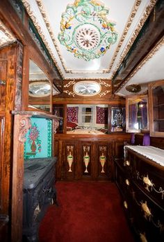 Gypsy Romany museum: Romany Gypsy collection