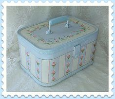 Vintage Lady Baltimore Train Case Hand Painted with by treasured2, $45.00