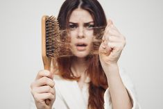 Hair loss problem in this 21 st century became one of the most common health issues that generally affects the confidence and general well- being. if you are also suffering with hair fall than welona clinic will be best for your hair loss treatment. Home Remedies For Hair, Hair Loss Remedies, Stop Hair Loss, Prevent Hair Loss, Shampoo Antiqueda, Hair Fixing, Hair Thickening, Hair Loss Women, Hair Regrowth