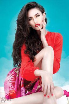 hoang yen Nude vietnamese model