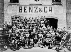 Metal & coach workers pose in front of the Benz & Co factory in Mannheim, Germany 1897.  How's that for a throwback?   #throwback #Mercedes #Classic #Car #History #Louisville #blackandwhite