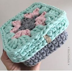 By @mimopontilhado @mimopontilhado @mimopontilhado ⬅️follow #haken #handmadebasket #penyesepet #penyeip #penyeipsepet #crochetbasket #вязание#вязаниекрючком #かぎ針編み#hekle#knittinginspiration#knitters#örgüsepet#crochetinspiration#crochetando#tricot#szydelko#ganchillo #hoookedzpagetti #trapillo#tejer#tshirtyarns #tshirtyarn#crochetbag #lindaa#crochetpillow#ganchilloxxl#fiodemalha#lindaa#zpagetti#monopop