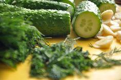 Огурцы малосольные хрустящие быстрого приготовления / Простые рецепты