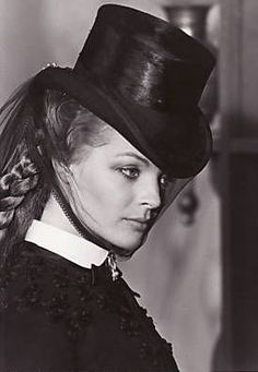 Romy Schneider as 'Sissi' (Empress Elisabeth of the Austria, Queen of Hungary) in #Ludwig (1972). #Visconti