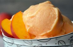 Skip the store-bought desserts and whip up easy, healthy peach frozen yogurt made with just four ingredients. No ice cream machine required!