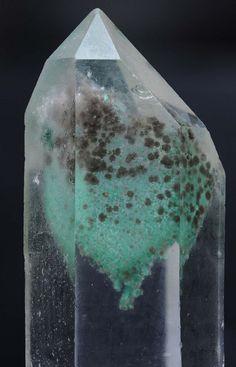 Madagascar quartz (by fluor_doublet)