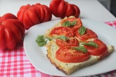 помидорный тарт с творогом Lunches And Dinners, Bruschetta, Ethnic Recipes, Food, Essen, Meals, Yemek, Eten