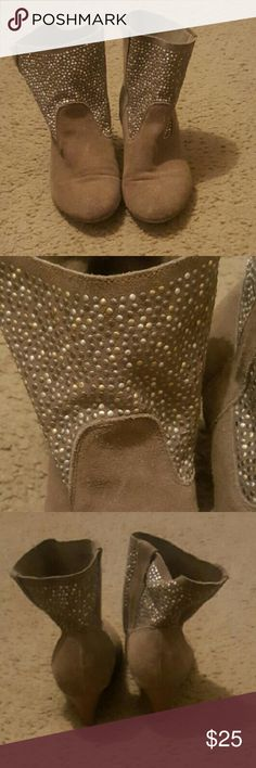 American Eagle Outfitters Cowboy Boots Dark beige cowboy boots embellished with gold and silver dots Shoes Ankle Boots & Booties