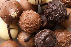 ¿Eres amante del chocolate? ¡Esta receta es para ti!: http://www.sal.pr/recetas/trufasdechocolate.html
