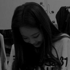 Bad Girl Aesthetic, Kpop Aesthetic, Blackpink Photos, Girl Photos, I Need Vacation, Jennie Kim Blackpink, Cute Profile Pictures, Cute Korean Girl, Cute Girl Photo