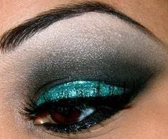 shimmery blue faded into black smokey eye for brown eyes