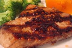 Low Carb Recipes for Healthy Life: Asian Salmon (or Tilapia) Steaks Ahi Tuna Steak Recipe, Grilled Tuna Steaks, Tuna Steak Recipes, Grilling Recipes, Pork Recipes, Seafood Recipes, Cooking Recipes, Healthy Recipes, Seafood Dishes
