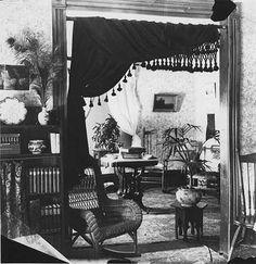 Living room, 1900.