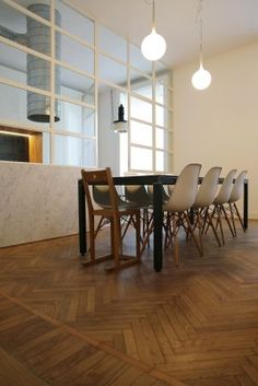 appartamento residenziale a Milano Milano, Dining Table, Furniture, Home Decor, Dinning Table, Interior Design, Dining Rooms, Home Interior Design, Arredamento