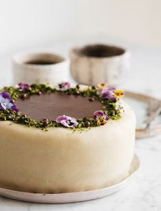 Sweet Desserts, Delicious Desserts, A Food, Good Food, Pistachio, Cravings, Panna Cotta, Sweet Tooth, Mousse