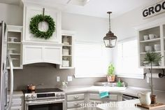 Susie Harris: Hood vent DIY on the cheap Kitchen Upstairs, Big Kitchen, Updated Kitchen, Kitchen Reno, Kitchen Ideas, Farmhouse Ovens, Farmhouse Remodel, Country Farmhouse, French Country