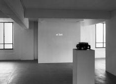 Robert Barry: At Last, 1978. Slides, slide projector. Herbert Foundation, Gent.