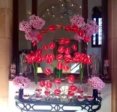 Pretty pink Amarilis and bold red Andreanum in a playful arrangement @Four Seasons Hotel Istanbul at Sultanahmet.