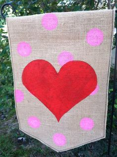 A Cute DIY Garden Flagu2026 Just In Time For Valentineu0027s Day! | Garden Flags,  Flags And Sewing Diy