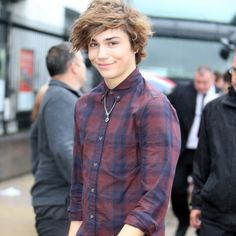 | UNION J GEORGE SHELLEY TO STAR IN TV SHOW HOLLYAOKS  | http://www.boybands.co.uk