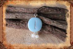 """Porte-clé runique porte-bonheur """"Is"""", de couleur bleu clair : Porte clés par freyja-s-faeries"""