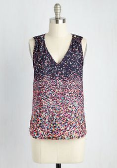 Party Favorite Top. Like the handfuls of confetti raining down and the sprinkles on the cupcakes, this printed top is brimming with festive appeal. #multi #modcloth