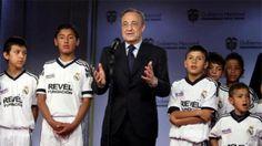 Real Madrid Oo Taariikh Ka Samaynaysa Adduunka…! – (Tani Waa Dawlad Ee Ma Aha Koox Kubada Cagta Ah)  Read more: http://www.cadalool.com/?p=19871#ixzz3mC9nqq8J