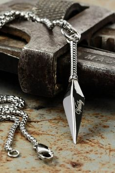 This stainless steel necklace is so trendy. Vitaly has the best jewelry to add so much style to any wardrobe