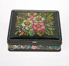 """VINTAGE HUNTLEY AND PALMERS BISCUIT TIN """"CHARM"""" EMBOSSED FLORAL EMBROIDERY"""