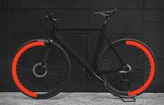 The stunning Equilibrium Bike is completely designed, engineered and built in Italy by SZ Bikes with particular attention given to details and high quality materials. Aluminum is used for the frame, rims, pedals, handlebar and the seat tube, and the