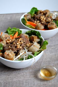 Discover recipes, home ideas, style inspiration and other ideas to try. Bo Bun, Cuisines Diy, Asian Recipes, Healthy Recipes, Viet Food, Dinner Bowls, Salty Foods, Exotic Food, Asian Cooking