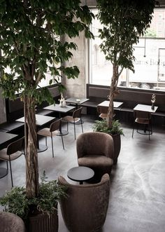 With the ambition to create a local wine bar and restaurant with an intimate and cosy atmosphere, Norm Architects designed NÆRVÆR, a local winebar and high-end gourmet restaurant with seating for no.