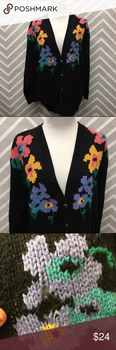 Vintage Leslie Fay Floral Knit Cardigan Super cute Floral Knit Cardigan with 5 ornate silver buttons. 2 pockets in front. Good vintage condition with minimal pulling and the one hole as pictured. Not very noticeable as can be seen from photos. Brand is Leslie Fay. Size small but would definitely fit a medium or smaller large. See measurements below to be sure of fit. 100% acrylic. Soft and not scratchy. Measurements: approx 36-42 inches in waist, bust is 42 inches, length is 26 inches…