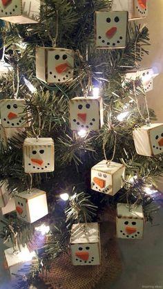 0036 Rustic DIY Christmas Ornaments Ideas 1