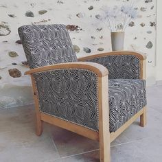 Retro Furniture, Upcycled Furniture, Art Deco Chair, Upholstered Chairs, Accent Chairs, Armchair, Mid Century, Design Inspiration, Modern