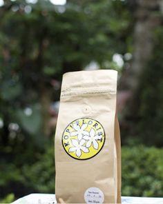 jual kopi segar daerah flores. biji merupakan kopi arabika dengan varietas bourbon merah. dengan rasa floral khas flores