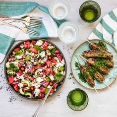Torka sommarblommorna och ha dem i maten Pasta Salad, Cobb Salad, Aioli, Coleslaw, Paella, Tex Mex, Feta, Food And Drink, Protein