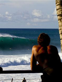 Landon McNamara on a bomb, with spectators. ph  Heff
