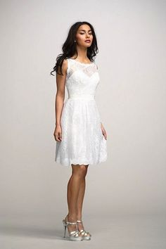 These have to be the most gorgeous short wedding dresses I've seen yet! With high-low hemlines, intricate bead work, and a variety of silhouettes, the short gown has come a long way. Gone are the days when a typical above-the-knee white dress and a sweetheart neckline defined the short gown aesthetic. Instead, designers have pulled out […]