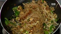 Thai Fried Noodles - Sanjeev Kapoor's Kitchen