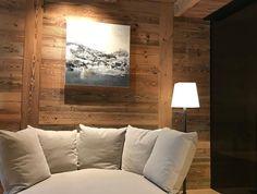 Jade D (jade_d_art) • Instagram Posts, Videos & Stories • Hallo ihr Lieben! Wenn ihr mehr über meine Ausstellung erfahren wollt, so besucht meine Webseite jade-art.ch #exhibition #ausstellung #severins #luxushotel #lech #österreich #austria #severinshotels #luxusurlaub #skifahren #kunst #acrylicpainting #acryl #abstractpainting #interiordesign #homedecor #luxushouse #lechtal #wellnesshotel #schweiz #switzerland #gallery #artista #artistatwork #kunstwerk #kunst #kunstgalerie #decorations…