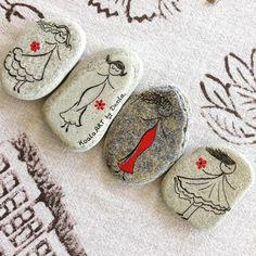 #natural #stones #dekoratif #dogaltas #magnet #set #handpainted #koalaart #satis #siparis #alisveris #dekorasyon #decoration #tasarim #creation #instafollow #instaphoto #instadaily #instalike #instagood #instadeco #instabest #picoftheday #photo_of_the_day #photo #takip #takipci #turkinstagram #f4f #follow