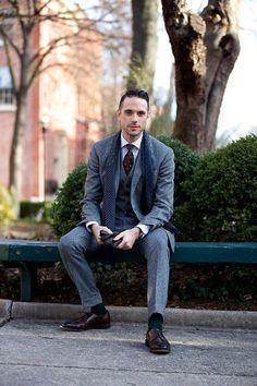 Men's fashion. Grey Tweed Three Piece Suit