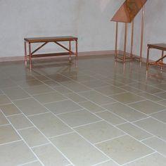 Pietra Ionica - Pavimento: finitura anticato a spazzola