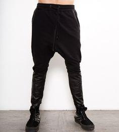 DROP CROTCH PANTS IN BLACK