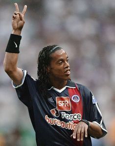 Ronaldinho Gaúcho - PSG Brazil Football Team, Football Icon, Best Football Players, Football Is Life, Football Art, World Football, Ronaldo, Psg, Barcelona Team