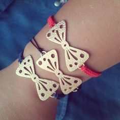 Bows in blue, black and red www.infashion-therapy.com Heart Charm, Therapy, Bows, Bracelets, Red, Black, Jewelry, Fashion, Arches